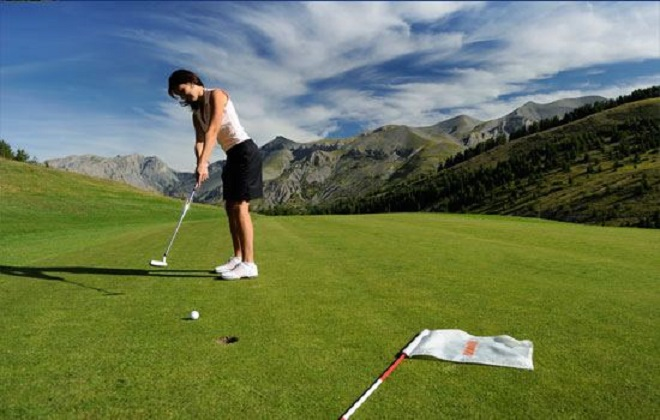 Moutain golf Valberg Golf Club: Its rates, packages, internships and lessons