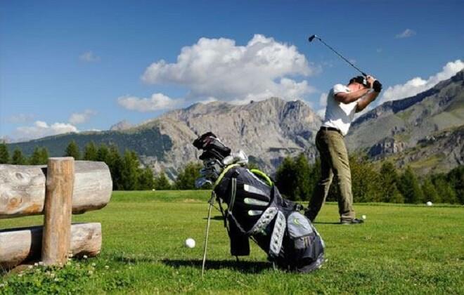 Golf de montana Valberg Golf Club: sus tarifas, paquetes, pasantías y lecciones