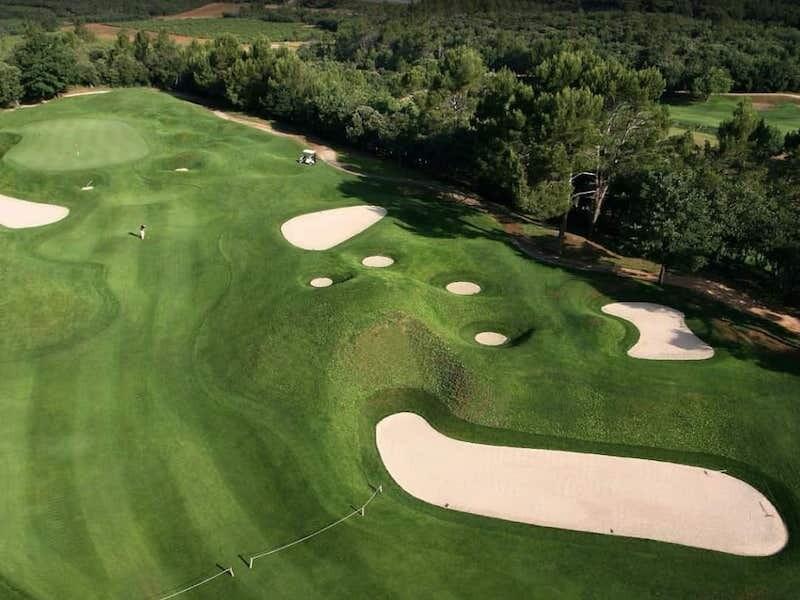 Barbaroux golf course